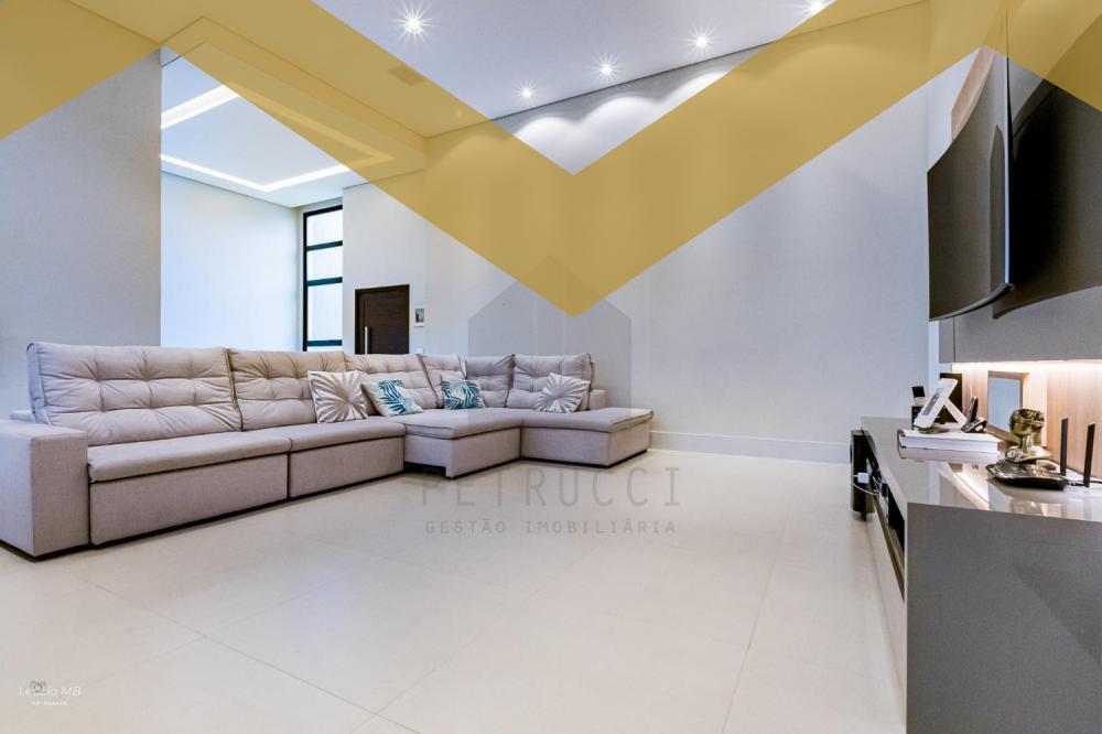 Campinas casa Venda R$2.200.000,00 Condominio R$950,00 4 Dormitorios 4 Suites Area do terreno 689.40m2 Area construida 300.00m2