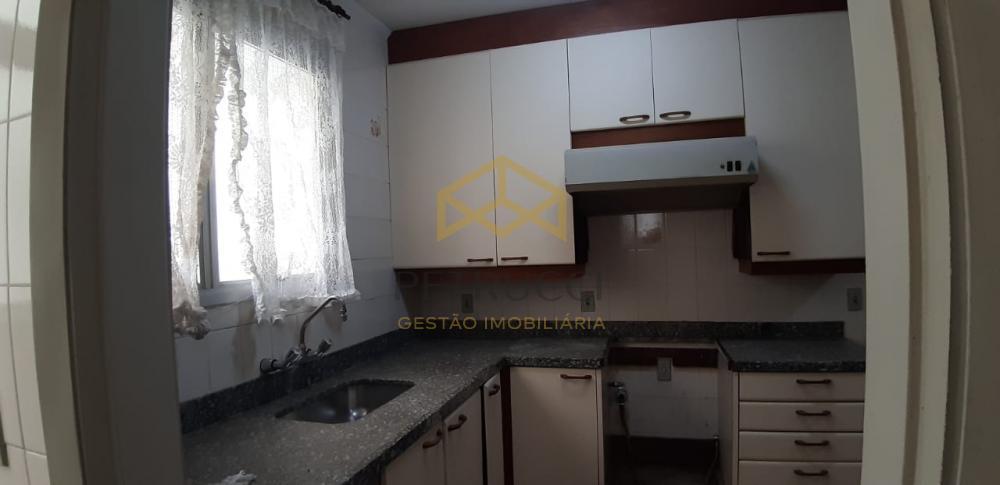 Comprar Apartamento / Padrão em Campinas R$ 430.000,00 - Foto 11