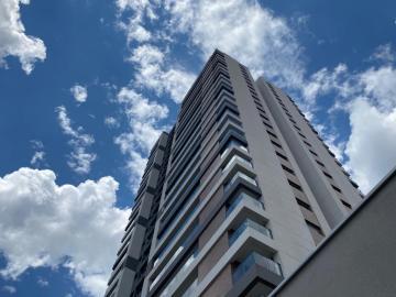 Alugar Apartamento / Padrão em Campinas. apenas R$ 1.650.000,00