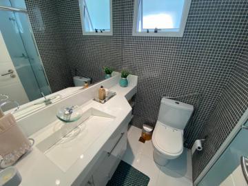 Alugar Apartamento / Padrão em Campinas R$ 3.500,00 - Foto 11